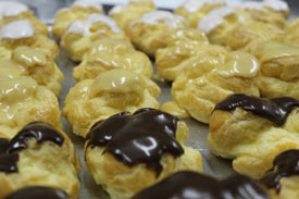 Patisserie Ayarza 1949 Choux Buns